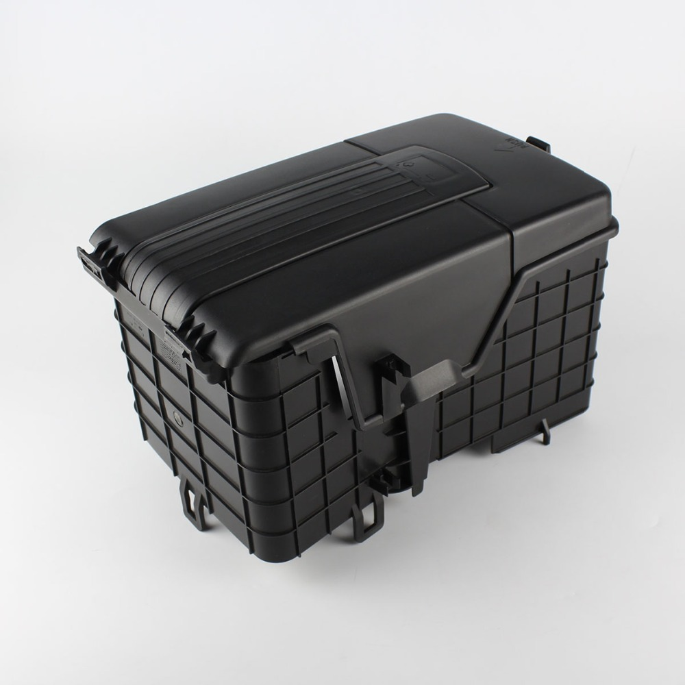 new original battery tray trim cover for vw cc tiguan. Black Bedroom Furniture Sets. Home Design Ideas