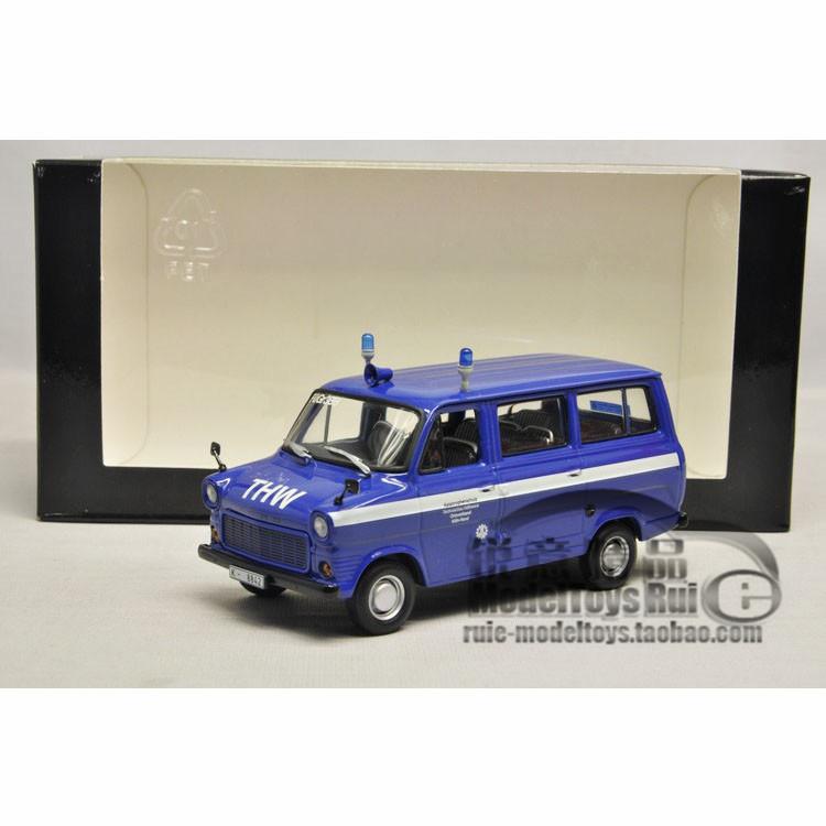 1:43 Minichamps Ford Transit Bus Ford Mini cut 1977 car model(China (Mainland))
