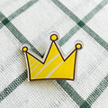 Free Shipping Acrylic Cute Crown Badge Clothes Backpack Decor Badges Decoration Badge