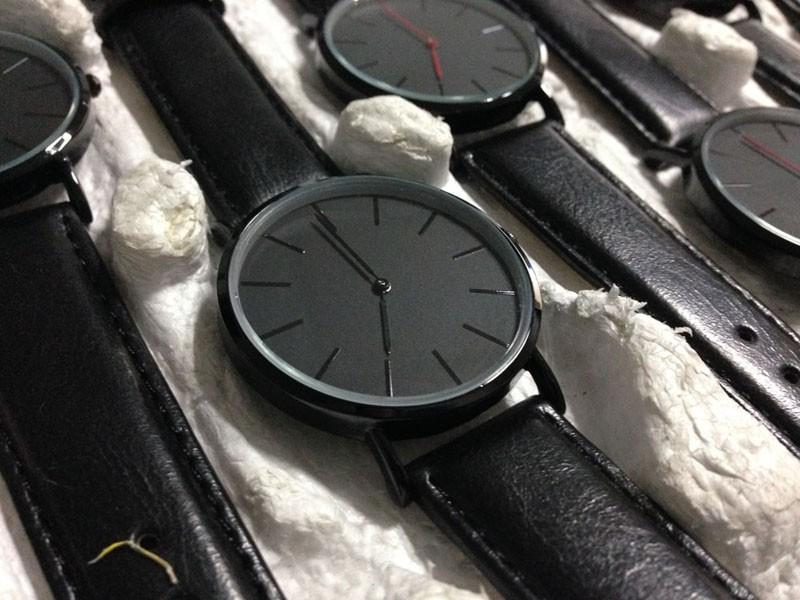 Relojes черная полоса мужской часы 2015 китай профессиональный продюсер классические часы лица