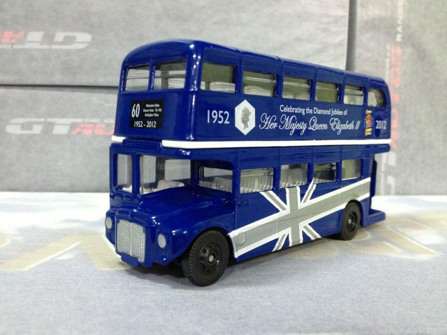 Corgi double layer bus queen elizabeth 60 memorial limited edition(China (Mainland))