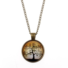 Creative Fashion Design Life Tree Pendant Necklace Art Tree Glass Cabochon Bronze Pendant Necklace Fashion Jewelry