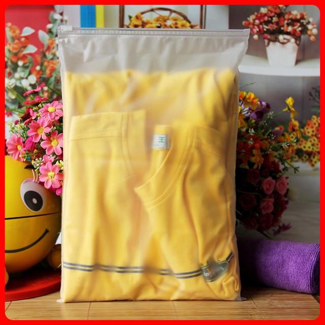 100pcs/lot 24cm*35cm*120micron Frosted Clothes Zip Lock Plastic Bag Resealable Bag Wholesaler
