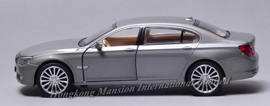 New 132 Car Model For BMW 760Li (8)