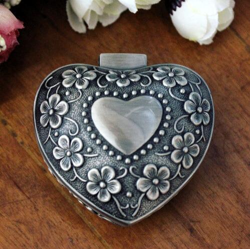 Hot Sale Original European Classical Engraving Zinc Tin Alloy Jewellery Storage Box Wedding Gifts Princess Casket Free Shipping(China (Mainland))