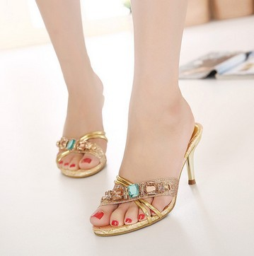 Korean summer summer middle-aged ladies high-heeled shoes