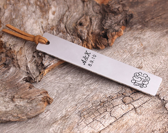 PERSONALIZED BOOKMARK - ENGRAVED BOOKMARK - GIFT FOR READER - HANDMADE GIFT(China (Mainland))