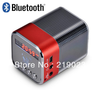 Kayeagle Mobile Boombox Bluetooth Speaker - Red