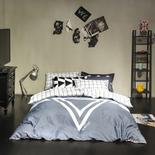 100% cotton bedding sets queen size bold design cool and revolutionary triangle plaid sheet grey/black/white/red duvet cover set(China (Mainland))