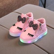 גודל 21-30 ילדי זוהר סניקרס ילד נסיכת קשת עבור בנות LED נעליים חמוד בייבי סניקרס עם אור נעליים krasovki זוהר(China)