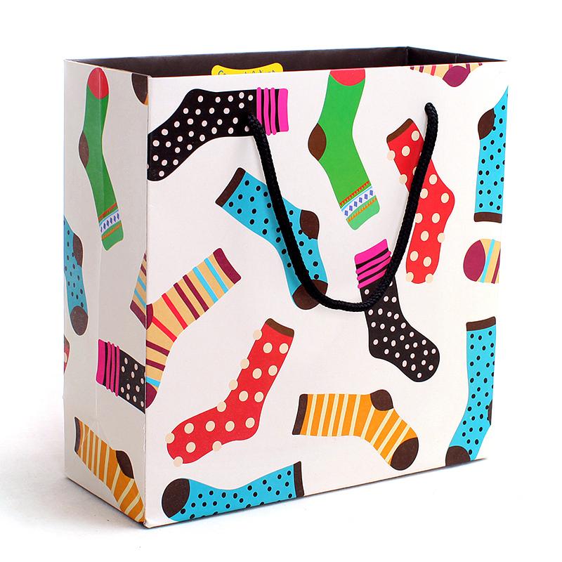 20X8X20cm Colorful Socks Printed Christmas Paper Handles Bag White Color Custom Paper Shopping Gifts Bag With Logo PB#747(China (Mainland))