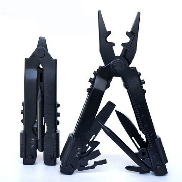 8 in 1 Tactical Multi Tool