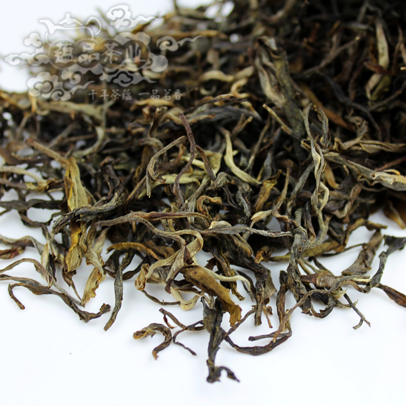 Yun tea products for 14 years the owners agree to anything new tea listed Jingmai mountain spring tea raw tea trees Dazhai(China (Mainland))
