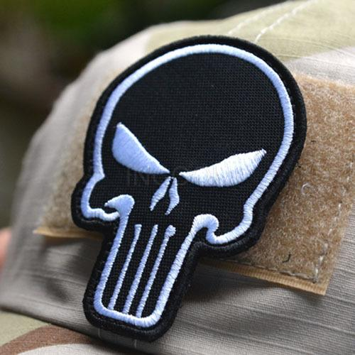 1 pc Badge Embroidered 3D Punisher Velcro Patch Tactical Patches Velcro Skull Patches Military Armband Cloth Fashion Badges(China (Mainland))