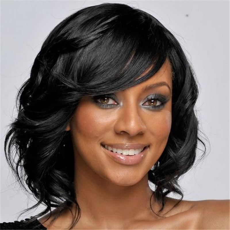 Прическа черные средние волосы