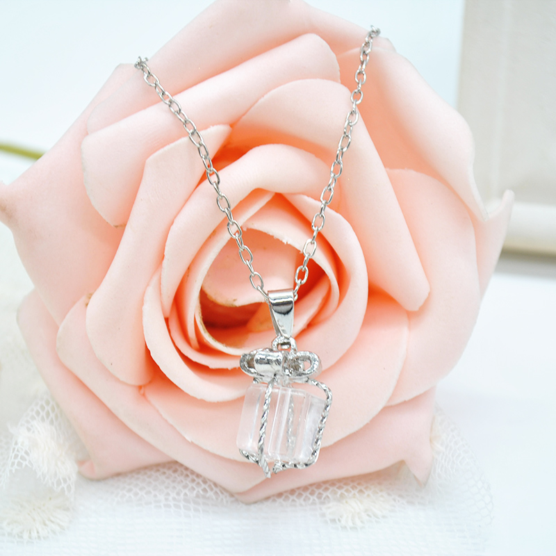 1 pc Necklace necklaces Crystal Crystal jewelry Cube Bow-knot for women(China (Mainland))