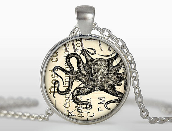 Free shipping Handcrafted Octopus pendant Jewelery Vintage Style Steampunk octopus necklace colar Men Jewelry Accessories Sale(China (Mainland))