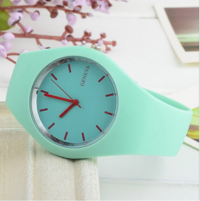10pc Geneva Wrist Watch Women Silicon Jelly Rubber Band Ladies Girls new2014 vintage style<br><br>Aliexpress