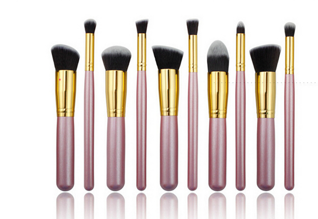 10Pcs/set Wood Handle Professional Makeup Cosmetic Soft Eyeshadow Foundation Concealer Brush Set Brushes Beauty Tool<br><br>Aliexpress