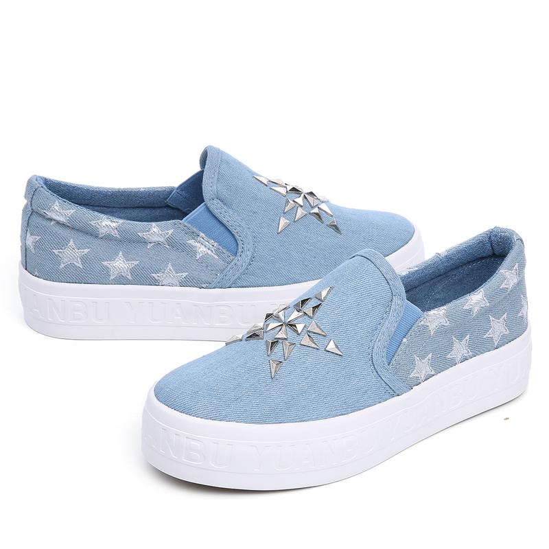fashion rivets woman denim shoes platform low ladies canvas shoes star 2016 flat shoe slip on breathable footwear(China (Mainland))