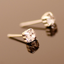 Simple Fashion Shining Rhinestone Square Crystal Stud Earrings for Women Men Piercing Jewelry(China (Mainland))