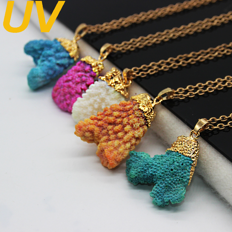 2016 New arrival Natural Coral Stone Necklace 18k gold plated irregular Coral Necklace Pendants Statement Necklaces for woman(China (Mainland))