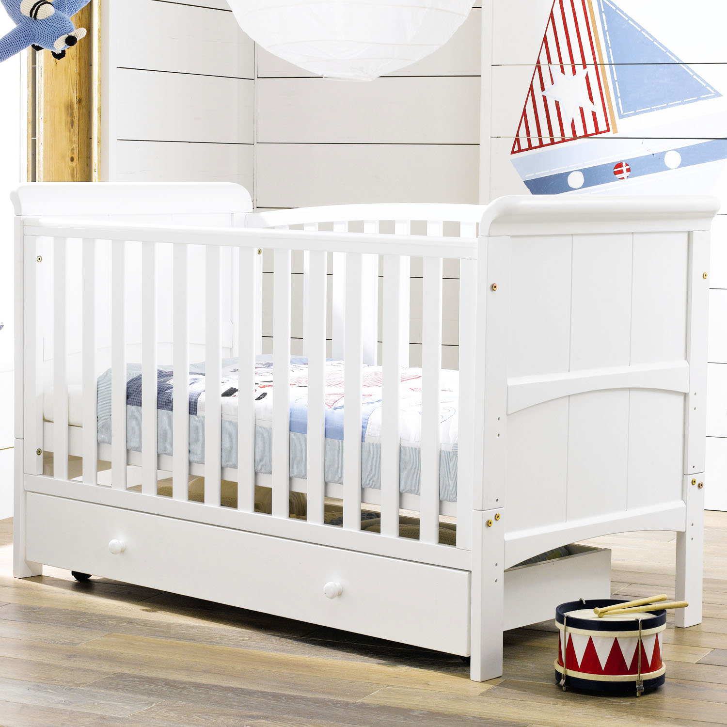 fashion solid wood baby bed child bed baby bed bb bed 0 10 white mattress inbaby cribs from. Black Bedroom Furniture Sets. Home Design Ideas