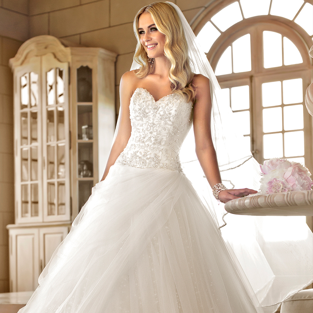 Ball gown wedding dress elaborately diamante beading for Sweetheart neckline drop waist wedding dress