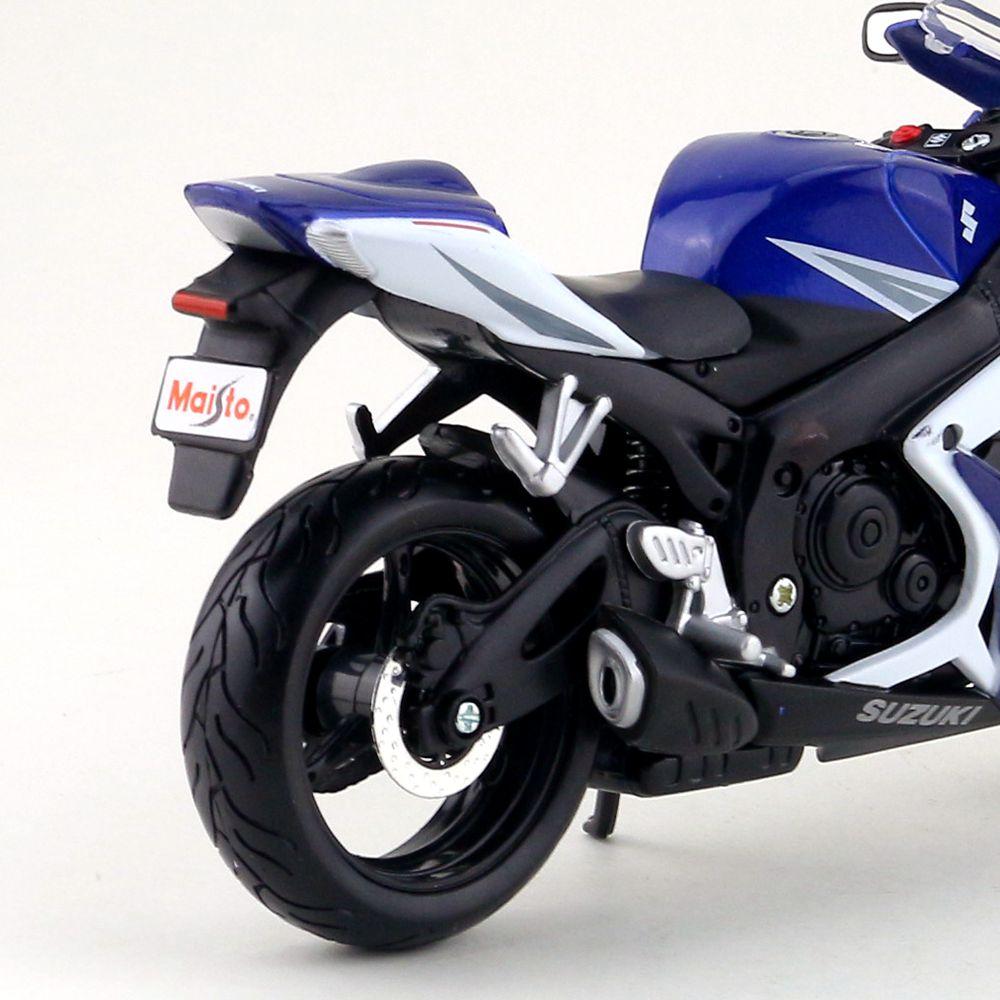 Suzuki GSX-R750 (8)