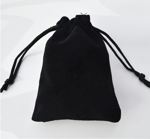 B007 Free shipping high-grade black velvet bag jewelry bags / jewelry box wholesale 7*9(China (Mainland))