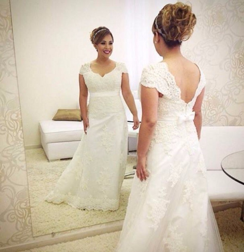 Simple elegant wedding dress plus size vintage lace bride for Wedding dress plus size cheap
