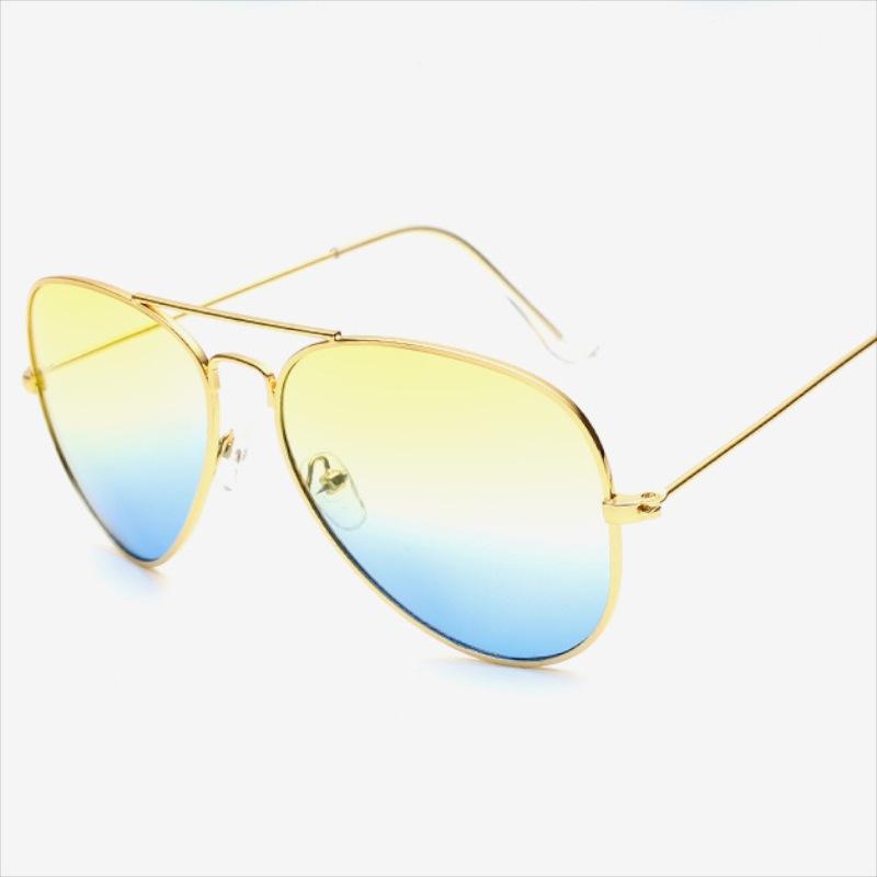 Здесь можно купить  Wholesale 2016 New Arrival Fashion Sunglasses Classic Style Two Colors On One Lens Design Golden Metal Frame With UV400 Lenses  Одежда и аксессуары