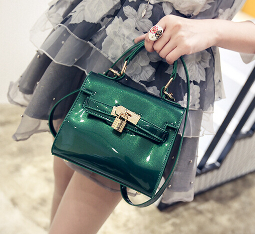 Designer Handbags High Quality,Patent Leather Green Women Bag,Evening Handbag,Bright Paint Makeup,Shoulder Girls Shopping Bag(China (Mainland))