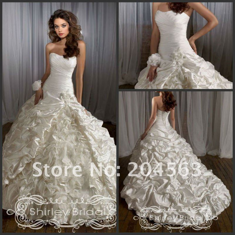 Places that sell wedding dresses home design for Where to sell wedding dresses