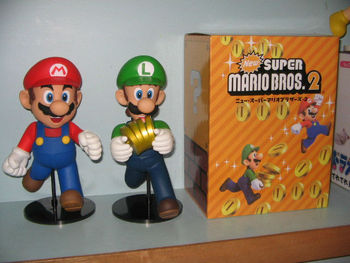 New Super Mario Bros.2 action figure Mario and Luigi cute stying 2pcs/set PVC figure 21cm height free shipping