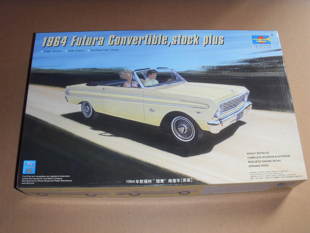 Trumpeter 02509 1/25 scale small car 1964 convertible,stock plus(China (Mainland))