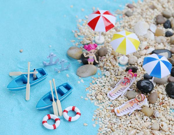 miniature beach chair and umbrella 3
