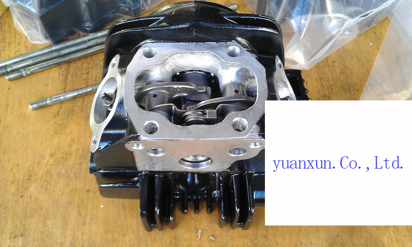 ATV 125cc small car engine cylinder head assembly accessories(China (Mainland))