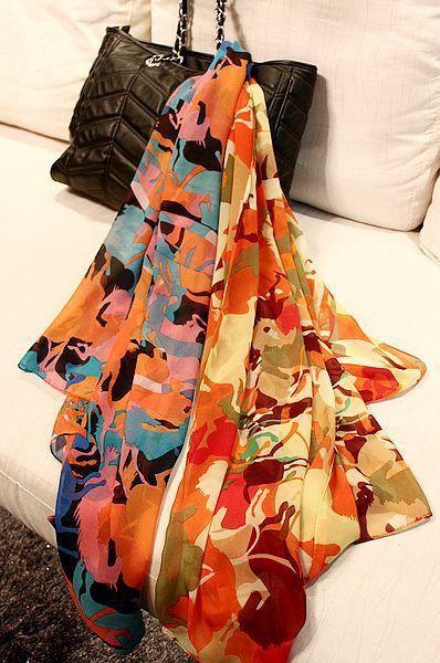 Бесплатная доставка сексуальные женщины шелковый шарф печать с затемняемые цвет каретки обертывания бесплатная доставка