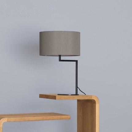 Modern creative bedroom bedside desk lamp decoration desk for Contemporary bedside table lamps