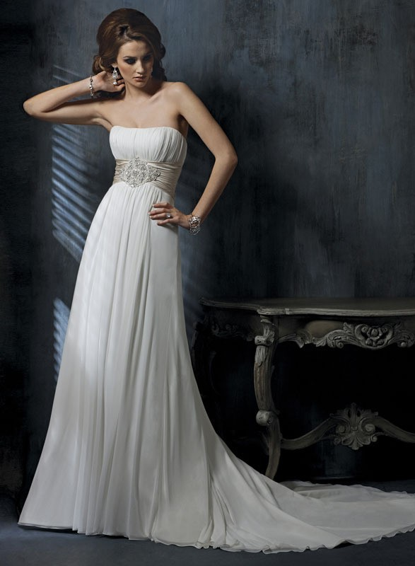 2015 simple fashion beautiful a line white ivory wedding for Beautiful ivory wedding dresses