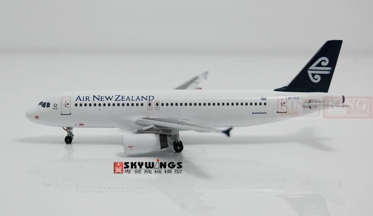 Фотография WT4320003 Witty New Zealand aviation ZK-OJE 1:400 commercial jetliners plane model hobby A320