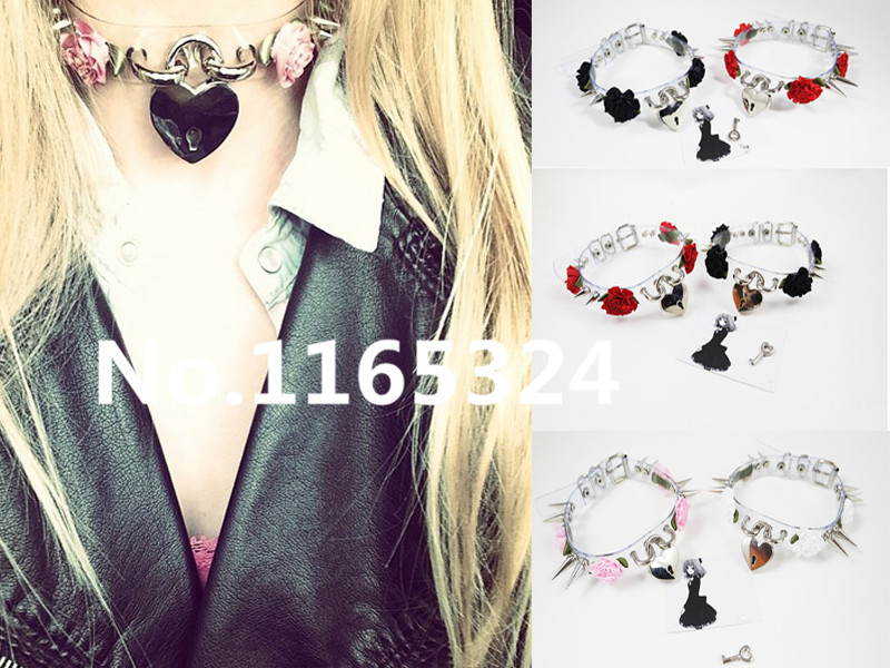 Fashion Sexy punk Harajuku 100 Handcrafted Flower Transparent Clear Safe Heart Collar Choker Lock Key Necklace