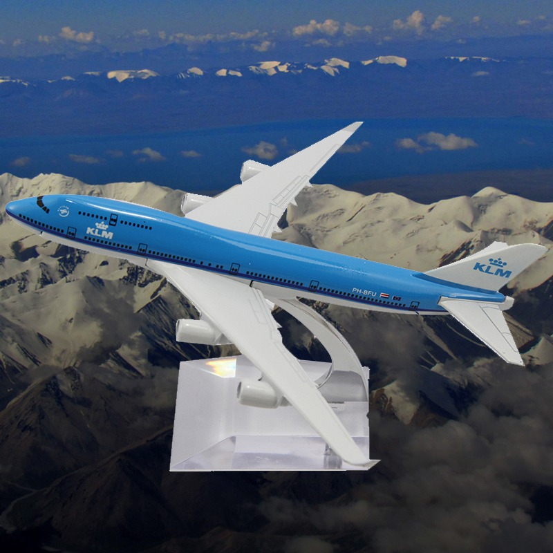 2014 Sale New Brinquedos Scale Models Toy Cars 16cm B747 Klm Die Cast Metal Boeing Commercial Plane Model Length For Chirstmas(China (Mainland))