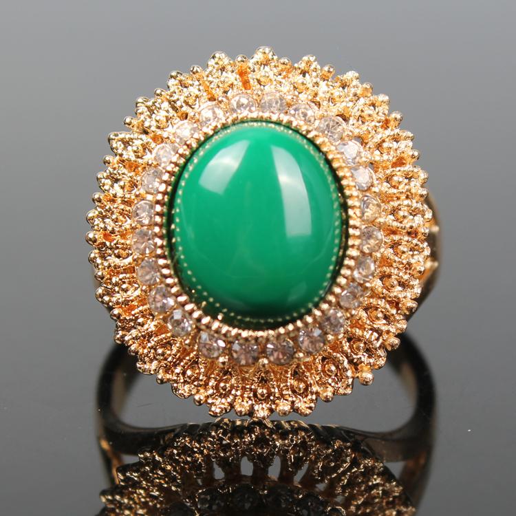 Italian jewelry Turquoise White Crystal Ring 18K Gold Radiation Modeling Italina Wedding Ring Simple Fashion Toronto Argonauts(China (Mainland))
