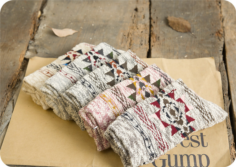 10Pairs/Lot Autumn men socks explosion of folk style Harajuku Metrosexual thick socks geometric college wind socks line