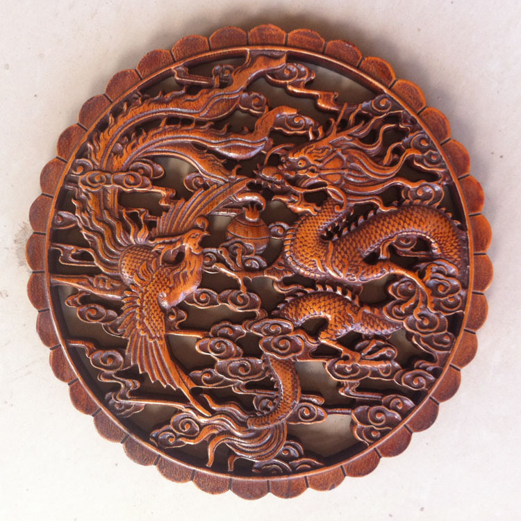 Chinese art camphorwood wood carving dragon phoenix for Wood in chinese
