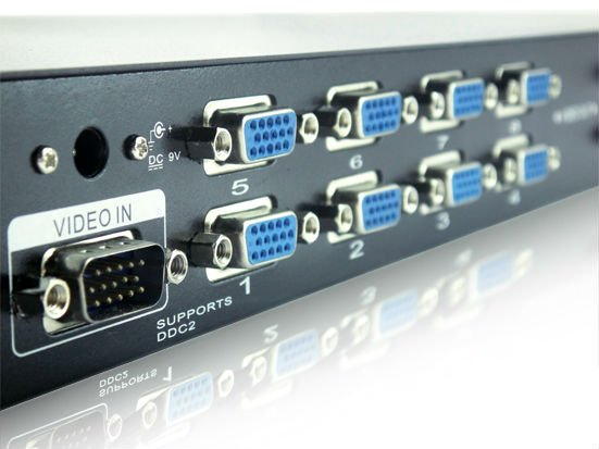 DIPO 16 port VGA splitter 250mhz 1 PC to 16 VGA Monitor Splitter / Signals up to 65m factory direct sale(China (Mainland))