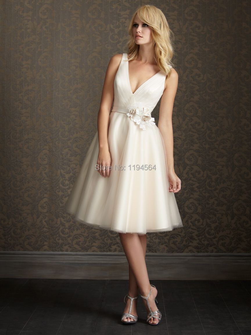 Sexy v neck short wedding dresses a line bridal gowns for Good wedding dresses for short brides