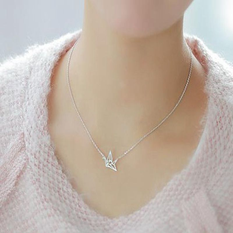 Bird Necklace Origami Crane Necklaces women Cute Delicate Choker Couple Necklaces for Lovers Grues en origami collier CK011(China (Mainland))